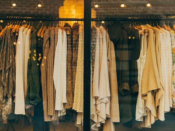 Tambahkan Koleksi Pakaian Hijab Model Menarik dalam Lemari Anda