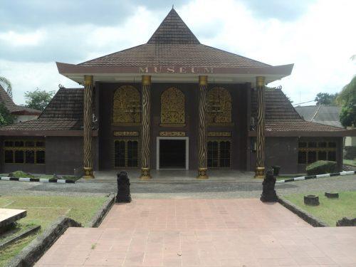 Museum Negeri Balaputra Dewa Palembang