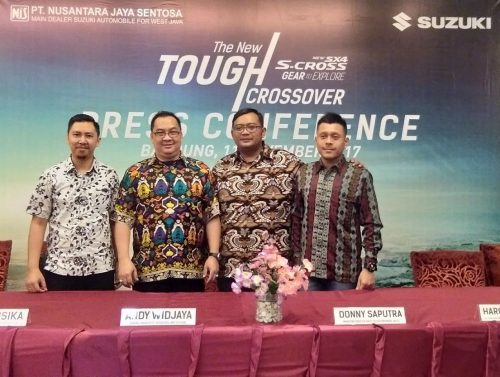 Menghadiri Press Conference Suzuki New SX4 S-CROSS di Bandung