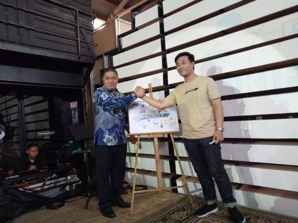 JNE bersama PTS Luncurkan 'Friendly Logistics'-min