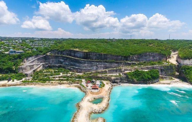Pantai Melasti Pantai Tersembunyi di Bali