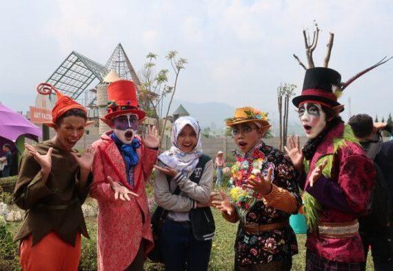 Fairy Garden by The Lodge Maribaya, Tempat Wisata Keluarga di Bandung