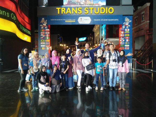 Nonton Sirkus Dream Land di Trans Studio Bandung