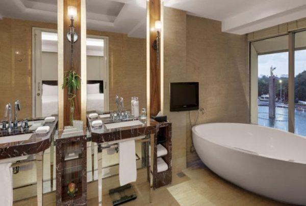 Hotel Berbintang 5 di Jakarta Dekat Stasiun Gambir