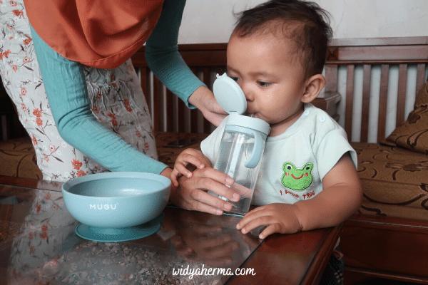 tahapan botol minum bayi